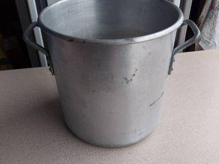 Dura Ware Aluminum Stock Pot