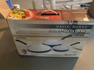 3 frying pans
