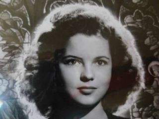 21 x 16 Masterpiece Print   Shirley Temple  195