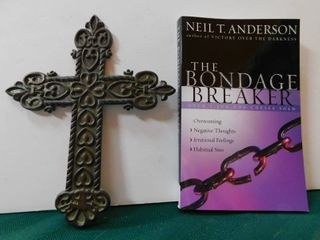Celtic Cross   Christain Book