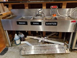 5ft 3 Bay Bar Sink