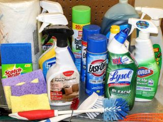 Assorted Household Cleaners and Chemicals lot   Many New
