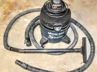 5 Gallon Shop Vac with Xtra Hose