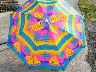 1  Colorful Beach Umbrella    1  Blue Chair Umbrella