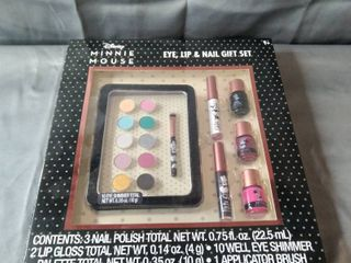 MINNIE MOUSE EYE lIP AND NAIl GIFT SET
