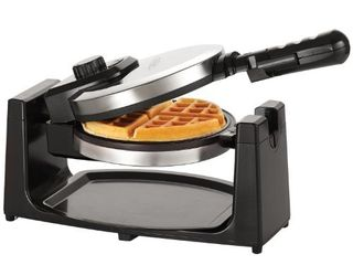 BEllA Classic Rotating Non Stick Belgian Waffle Maker  Perfect 1  Thick Waffles  PFOA Free Non Stick Coating   Removeable Drip Tray for Easy Clean Up  Browning Control  Stainless Steel