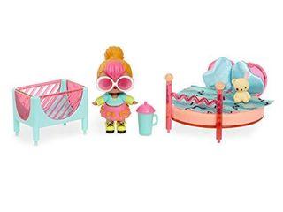 l O l  Surprise  Furniture Bedroom with Neon Q T    10  Surprises  Multicolor