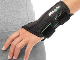 MUEllER Green Fitted Wrist Brace  Black  left Hand  large Extra large 8 10  86274