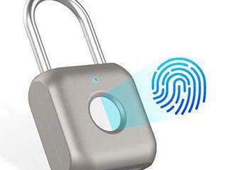 ElMWAY Fingerprint Padlock Smart Keyless Thumbprint Biometric Fingerprint lock Waterproof USB Charge Security locker for Gym Door School Bike luggage Bags  Silver