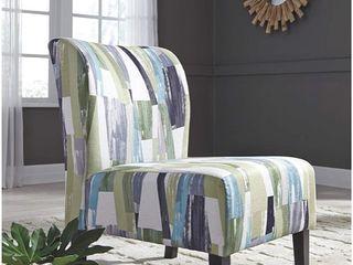 Signature Design by Ashley Triptis Accent Chair Retail   109 94