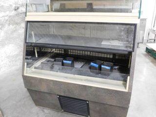 QBD Refrigerated Glass Display Pass Thru