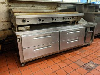 Flat Top Griddle With Food Warming drawers
