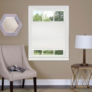 Top Down Cordless Honeycomb Cellular Shade 31x64   White Retail   51 07