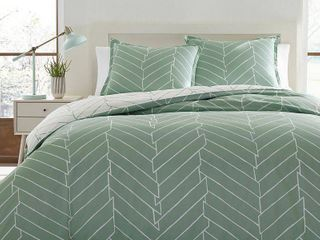Ceres Comforter And Sham Set King light Green   City Scene