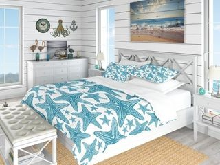 Designart  Pattern of Blue Starfish  Coastal Bedding Set   Duvet Cover   Shams Retail 139 49