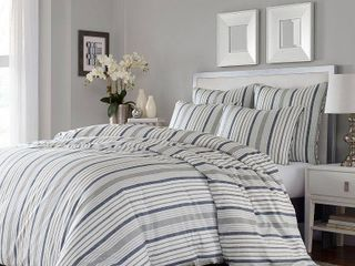 Stone Cottage Conrad Duvet Set  Full Queen