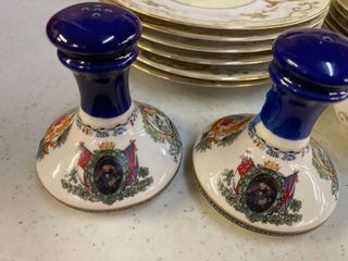 Pusser s West Indies Salt and Pepper Shakers