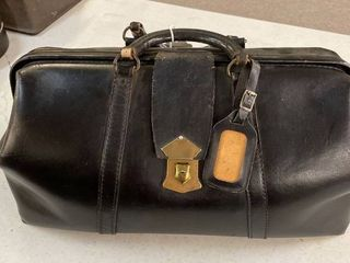 Vintage Black leather Doctor s Bag