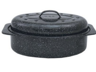 Granite Ware F Covered Oval Roaster  13 inches  Black