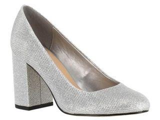 Women s Bella Vita  Nara  Block Heel Pump  Size 9 W   Silver
