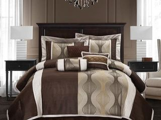 Grand Avenue Daniella 7 piece Modern Geometric Comforter Set  Queen
