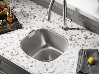 Swiss Madison Toulouse Stainless Steel 16 in  Single Bowl Undermount Kitchen Sink  Silver