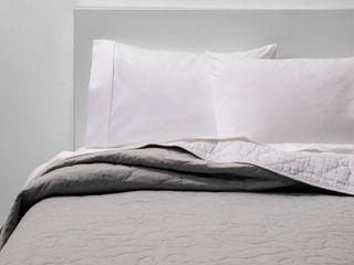 Twin Jersey Quilt Gray   Pillowfort