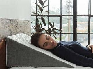 Brentwood Home Whitney Wedge Pillow with Gel Memory Foam