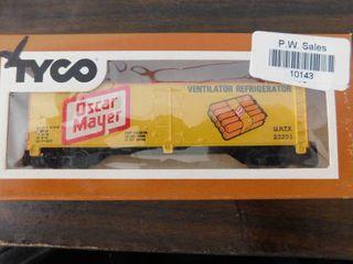 Tyco HO train car   Oscar Mayer reefer car
