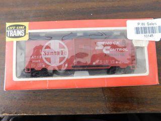 Tyco HO train car   Santa Fe box car