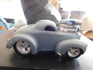 1 18 scale Muscle Machine 2001 funline   Willys