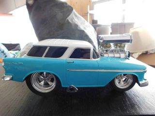 1 18 scale Muscle Machine 2002 funline   Nomad