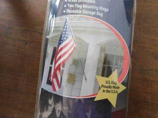 New US flag set w pole