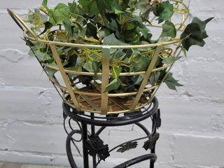 Gold Wire Flower Baskets