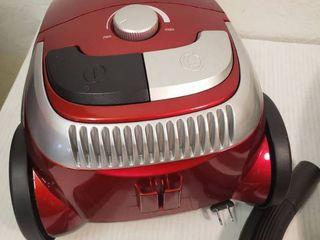 Atrix AHSC 1 lil Vacuum Cleaner  Red