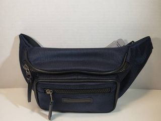 George Adjustable Waist Strap  Blue  39 in   56 in  2 Zipper Compartments