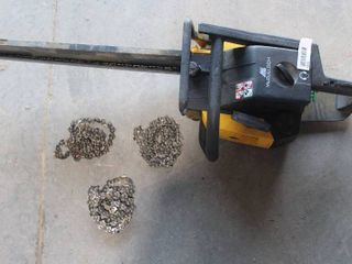 20  McCullah chain saw with 3 extra chains