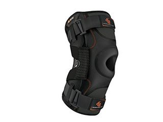 Hinged Knee Brace  Shock Doctor Maximum Support Compression Knee Brace   For ACl PCl Injuries  Patella Support  Sprains  Hypertension and More for Men and Women    1 Knee Brace  Xlarge    Black