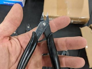6 pairs of small cutters