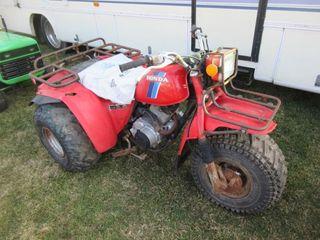 ATV   HONDA 3 WHEElER  RED