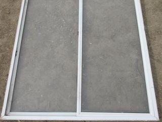 WINDOW W  2 PANES