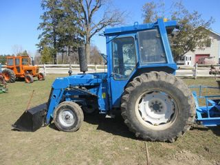 FORD 4610 TRACTOR W  390 AllIED lOADER