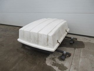 lUGGAGE CARRIER   WHITE