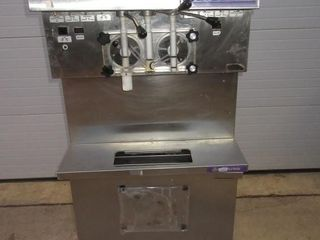 ICECREAM MACHINE   STOElTING