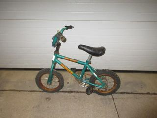 CHIlDS BIKE   SUPERCYClE  TEAl