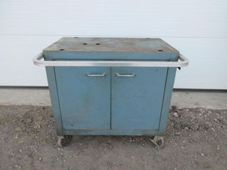 TOOl CHEST ON WHEElS  BlUE