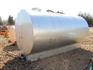 APPROX  1700 GAllON STAINlESS STEEl TANK