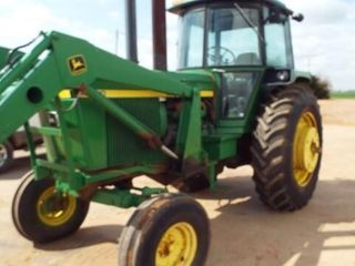 John Deere 4430 with 148 loader   bucket