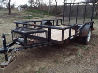 2 wheel trailer  fold down ramp