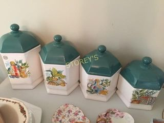 4 Kitchen Containers   Canadian